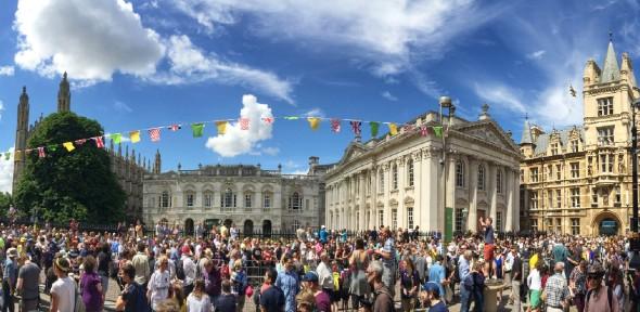 Panoramic photo of Kings Parade