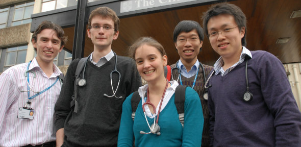 Medical Students_1_590x288